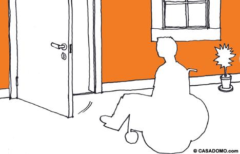 discapacitados_silla_puerta